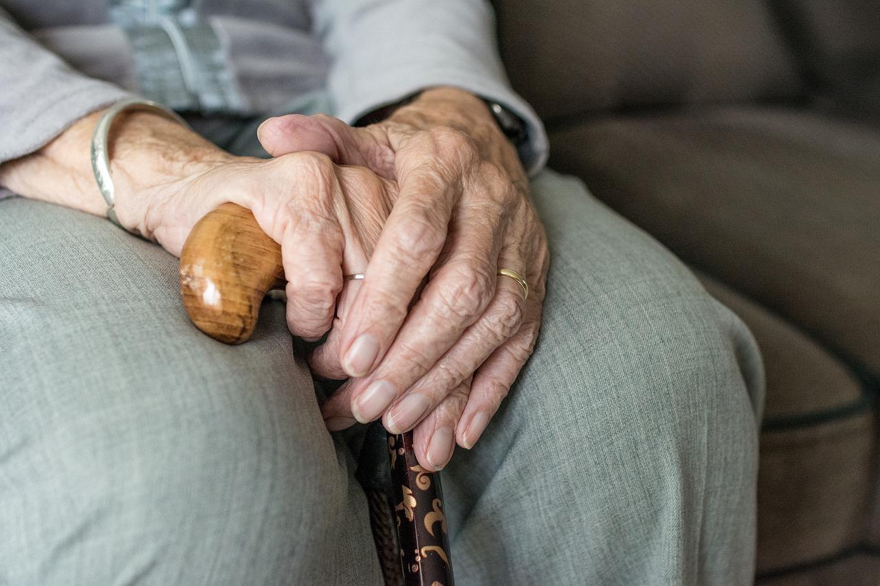 Spokojna i godna starość w domu seniora